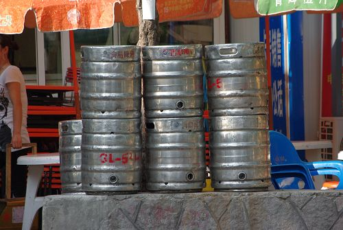青島の生樽。