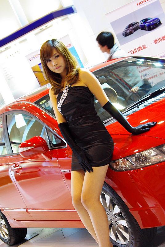 ピッカピカの日本車と。