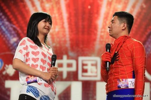 ネット上を感動が駆け巡った中国のネギダンスの夫婦