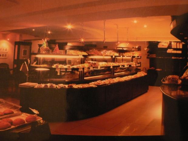 K-MARTの2階にあるレモンケーキが超おいしいパン屋さん