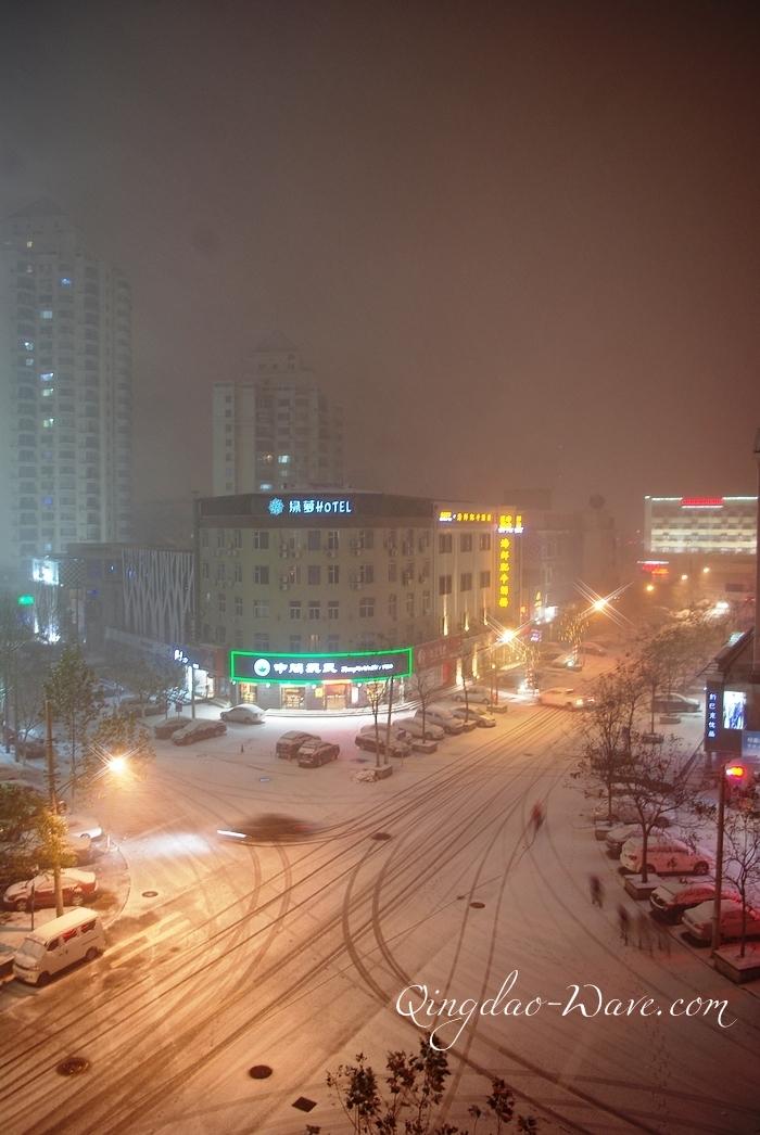 2011 青島市初積雪